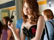 Easy girl Emma Stone troietta della scuola