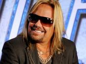 "Vince Neil Motley Crue partecipa reality ""Celebrity Wife Swap"""