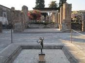 schifo agli Scavi Pompei, ridotti area dove pipì sulle case