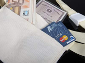 Roma infestata dagli scippatori come mai? internet vendono nascondere soldi documenti quei pazzi ancora vengono fare turisti