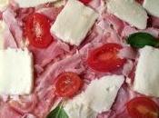 Girelle pasta pizza prosciutto, mozzarella pomodoro: nuove idee