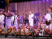 "FAITH MORE cover ""Easy"" Commodores Tonight Show"
