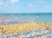 """L'estate arrivando. quanto costa un'""""estate mare"""" Italia?"""