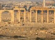 Palmira cade sotto fuoco nemico