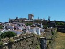 Lisbona, gita fuori porta Estremoz nella terra Bacco