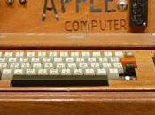 Getta nella spazzatura vecchio Apple, vale mila euro: ecco perché...