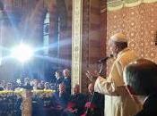 Papa Francesco Sarajevo. segno della pace riconciliazione