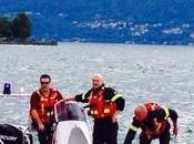 Maccagno: surfista rompe l'albero della vela rimane balia delle onde. Soccorso Vigili Fuoco