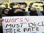 "Hezbollah minaccia donne iraniane: vostro velo vale nostro sangue"""