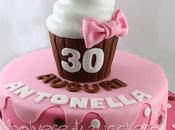 Torta decorata compleanno cupcake appassionata dolci