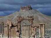 L'ISIS distrugge siti storici Palmyra
