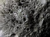 singolarità Iperione Rhea lune Saturno sorvoli della sonda Cassini