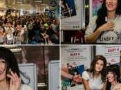 Grande folla all'Auchan Cagliari firmacopie Baby nuova star italiano.