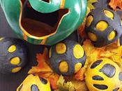 Panini Halloween alla curcuma carbone vegetale