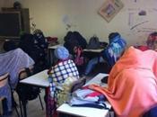Freddo nelle scuole: ragazzi classe coperte