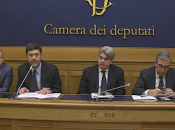 "FSI-USAE: Presentate alla camera deputati ,60.000 firme una"" Sanità senza Padrini Padroni"""