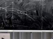 Esperto giardinaggio dottore videogames. lauree creative dell'università italiana