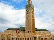 moschea Hassan come faro riva mare