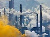 Quando nodi vengono pettine: Cina, acciaio inquinamento