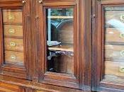 Mobili antichi farmacia