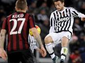 Prezzi Biglietti Finale Coppa Italia 2016 Milan-Juventus: cifre ufficiali Tribuna, Curva Distinti inizio vendita