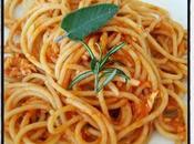 Spaghetti semintegrali ragù pesce povero