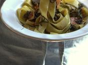 proposito pasta: pappardelle agretti pancetta croccante