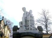 tomba dello scultore Massimo Perino