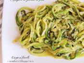 Spaghetti zucchine pesto