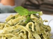 Tagliatelle all'uovo Pesto alle Mandorle Zucchine Grigliate