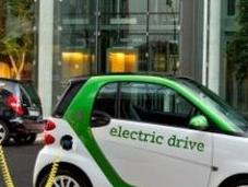 Mobilità sostenibile, l'Europa sceglie elettrico digitale