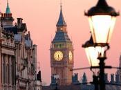 Visitare Londra notte grazie alla Metro