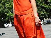 Abito largo estivo. Arancio tocco marrone primo giorno ferie