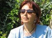 GIARDINO SCRITTRICE MARIA LIDIA PETRULLI, autrice della trilogia Volto Segreto Gaia. Ritorno Mondo Azzurro, Ciliegio Edizioni