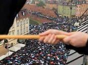 Polonia, protesta delle donne fare passo indietro Parlamento. Respinta legge anti-aborto
