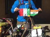 Faccio giro mondo bicicletta combattere l'inquinamento