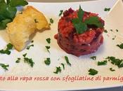 Risotto alla rapa rossa sfogliatine parmigiano