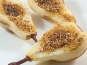 Pere forno miele, amaretti nocciole Baked pears with honey, hazelnuts