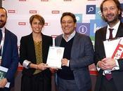 Evening News, consegnato premio Smau l'innovazione alla newsletter