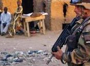 Autobomba (Mali) esplode base militare morti