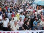 KKE: «solidarietà bambini delle famiglie rifugiati»