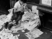 kvetchlandia:André Kertész Reading Newspaper 1944