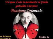 Geisha: un'opera d'arte movimento tocco burlesque