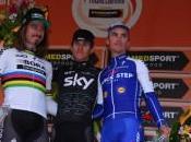 Michal Kwiatkowski vince 108ª Milano-Sanremo