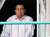 questa mattina l'ex-presidente egiziano Hosni Mubarak libero raggiungere Heliopolis(Egitto)
