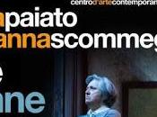 donne ballano Maria Paiato Arianna Scommegna. Teatro Vittoria, marzo 2017