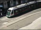 manutenzioni ordinarie questa città sono pura utopia. capita tram faccia rumore assordante,da poterci dormire.guardate video.