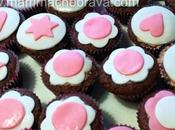 Cupcake cacao decorati pasta zucchero