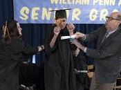 """The Goldbergs primo sguardo caos durante consegna diplomi Erica"