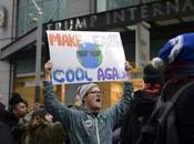 Trump annuncia l'uscita degli dall'accordo clima Parigi